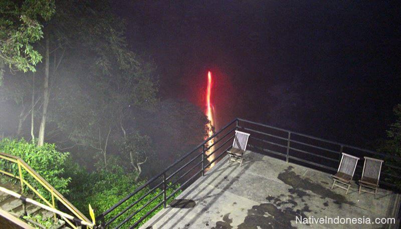 air terjun pelangi - curug cimahi lembang bandung - malam dari dek
