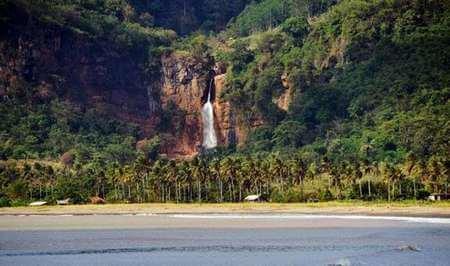 source: http://siloka.com/surga-itu-bernama-cileutuh-geopark-1.html