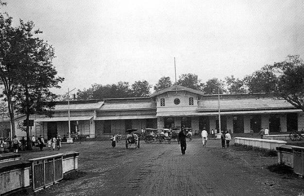 bandung tempo dulu - stasiun kereta api bandung