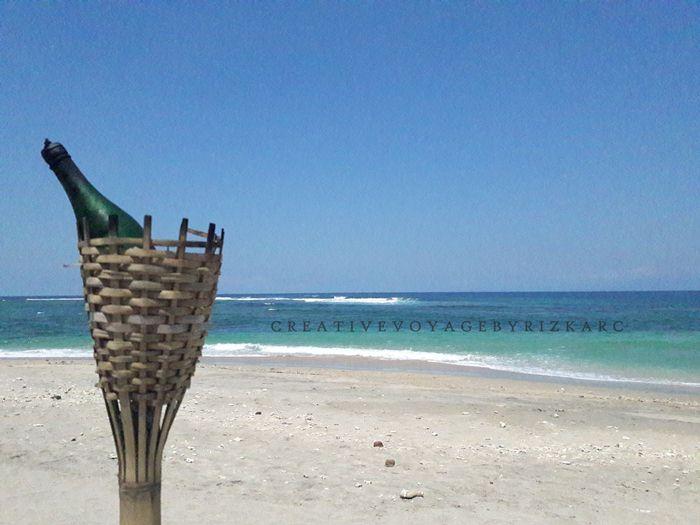backpacker ke lombok - pantai Sengigi