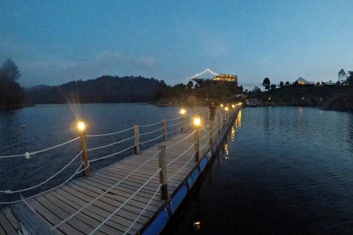 jembatan danau patenggang