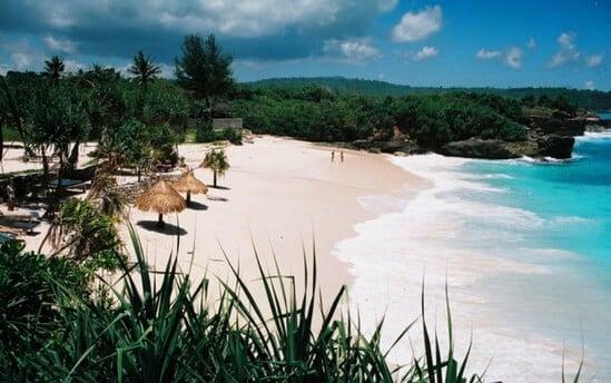 pantai dream beach lembongan
