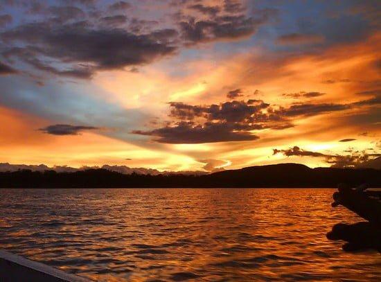 sunset di cirata