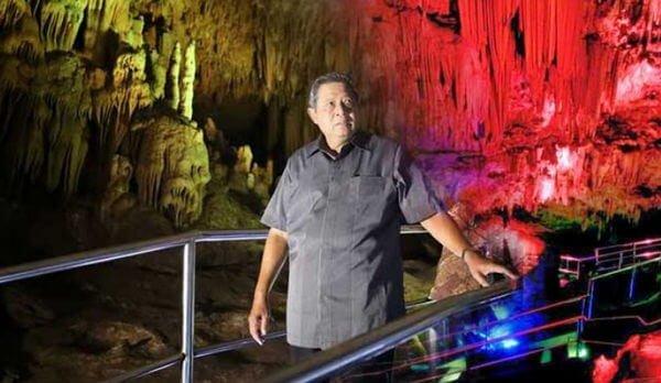 kunjungan pak SBY ke gua gong