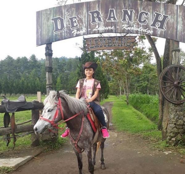 berkuda di de ranch lembang