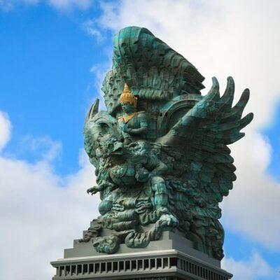 Megahnya Garuda Wisnu Kencana Cultural Park Wajib Anda Kunjungi!
