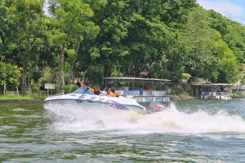 Happy Loka Speedboat
