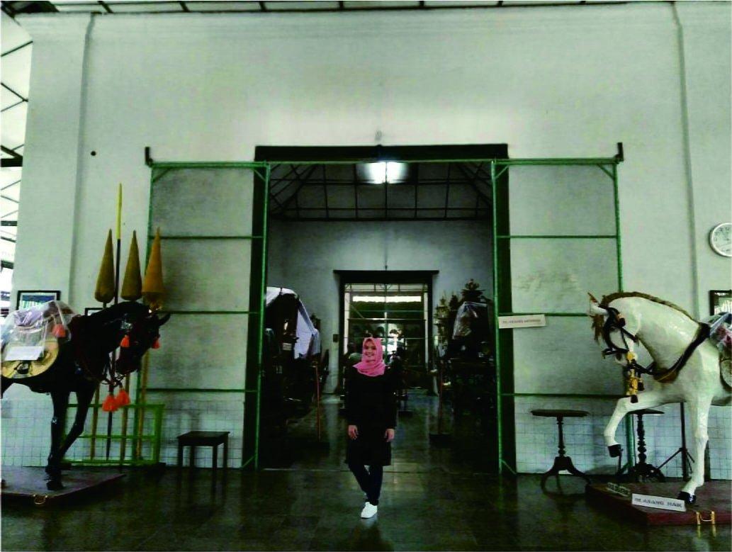 Museum Kereta Keraton Inside
