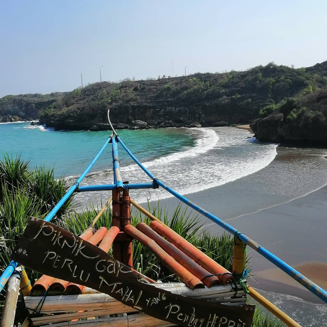 Pantai Baron Photo Spot