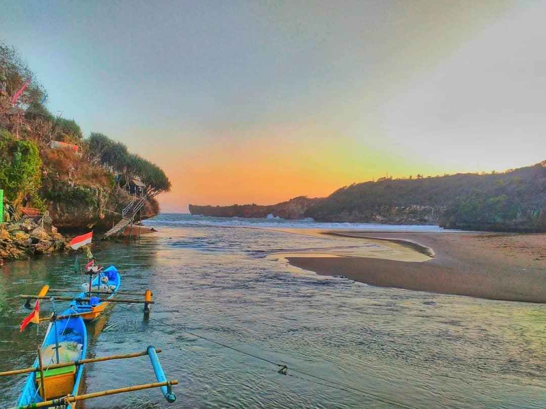 Pantai Baron View 3