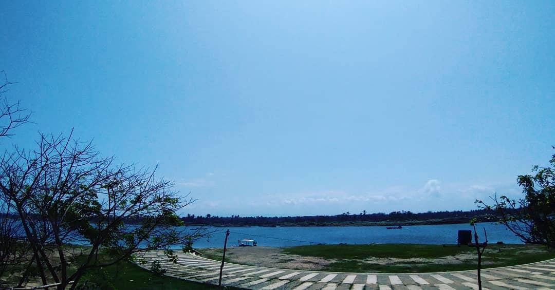 Depok Laguna Beach 1