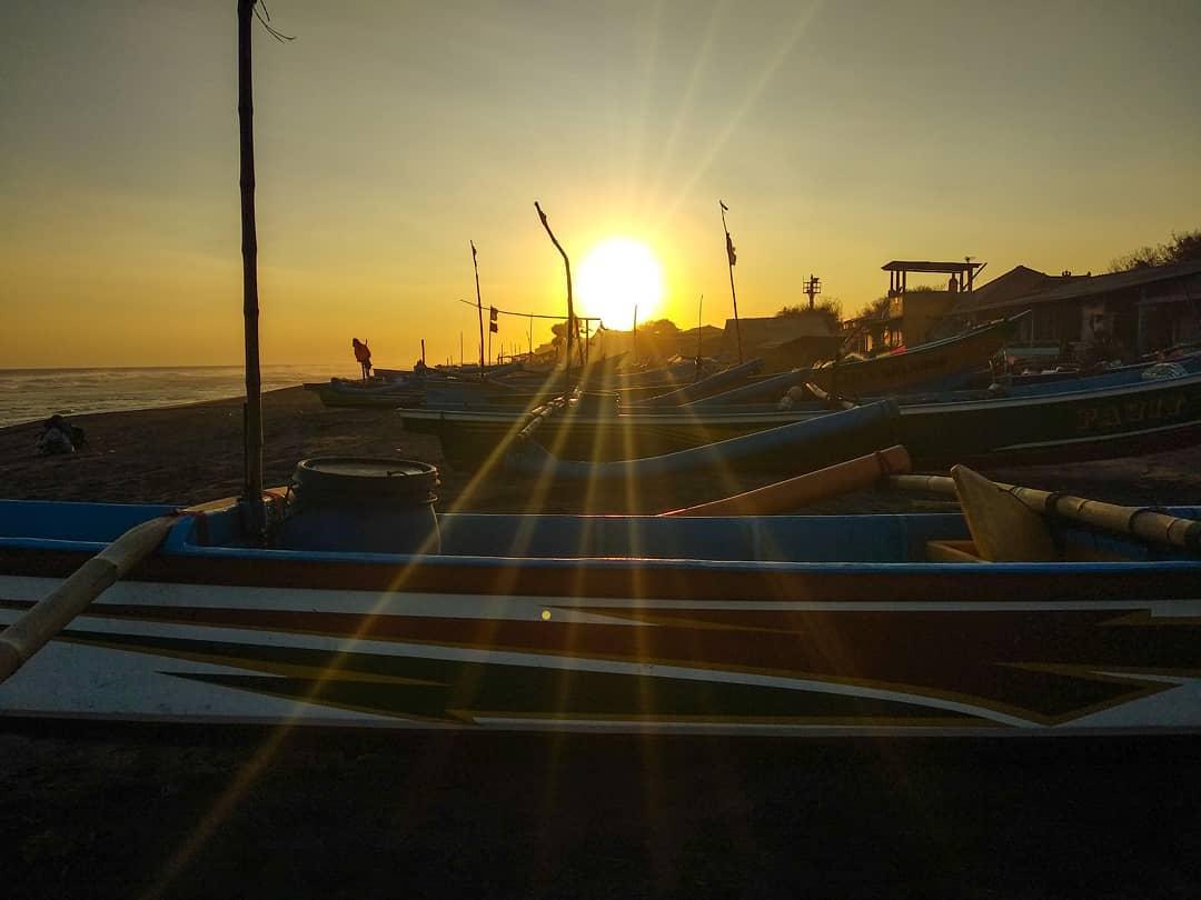 Depok Beach Beach