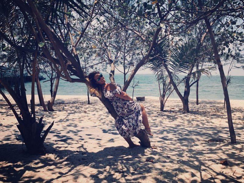 Pantai Kartini 1
