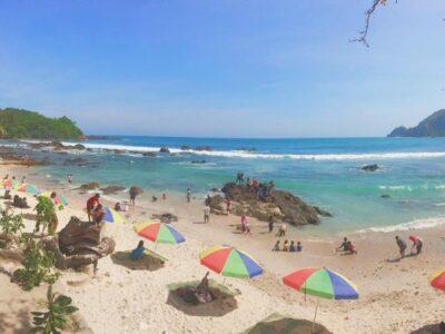 Bermain Air di Pantai Nampu Wonogiri dan Gunung Kidul