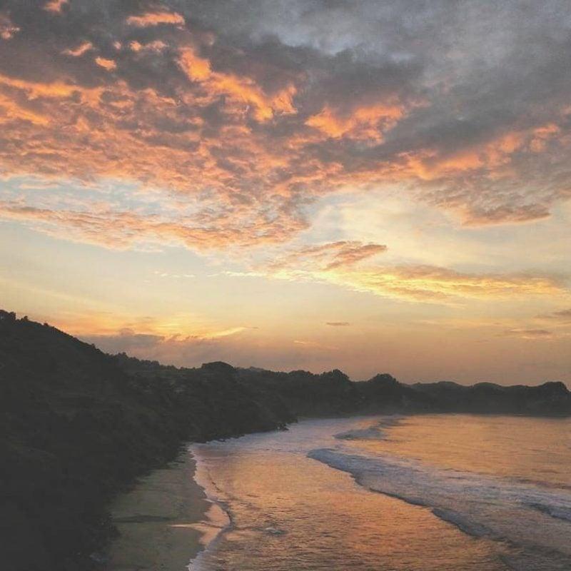 Pantai Nampu Wonogiri Spot Beach Sunset