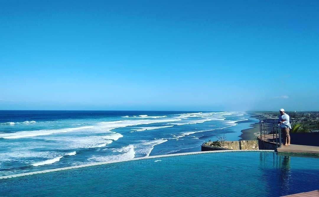 Parangtritis Resort Queen Beach