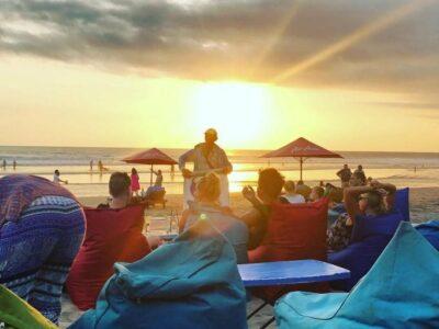 Pesona Pantai Seminyak Ga Bakal Terlupakan