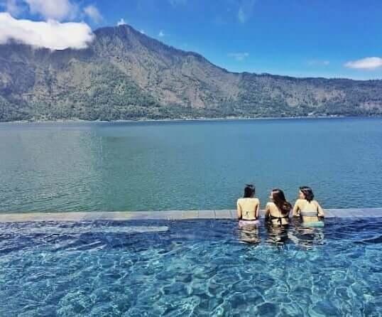 kolam air panas danau batur