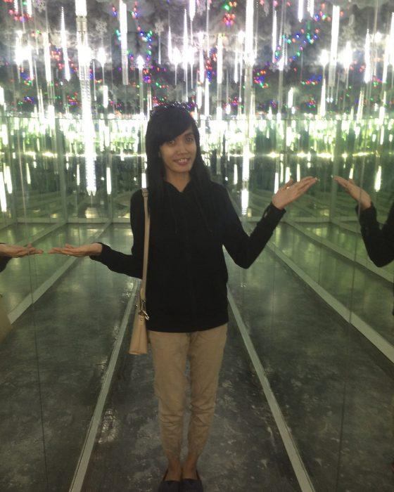 Alive Star Museum Mirror