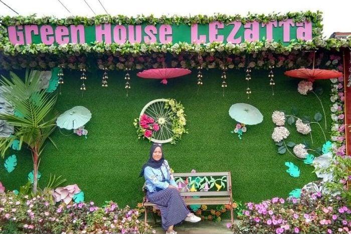 Green House Lezatta Photo Spot