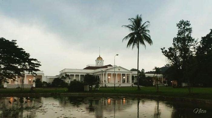 tempat wisata di bogor - Istana Bogor View