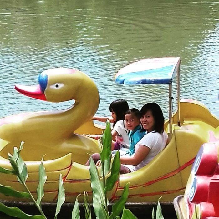 Le Hu Garden Duck Boat