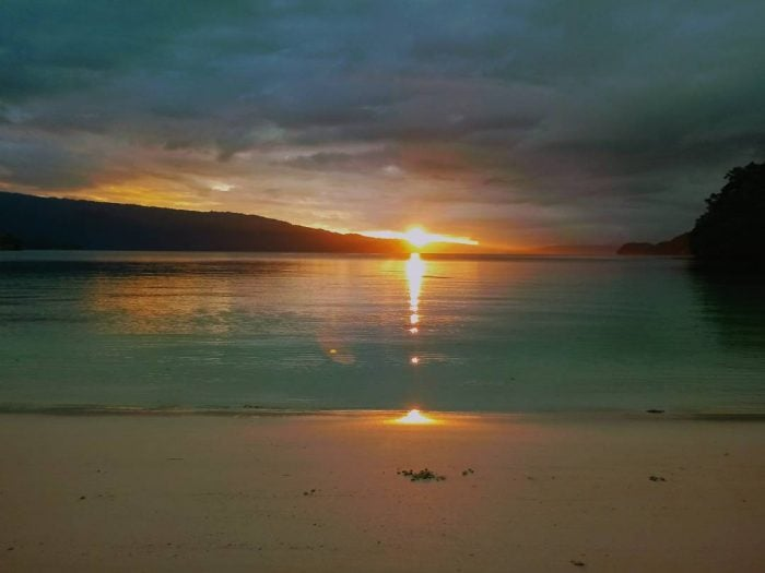 Teluk Triton Sunrise