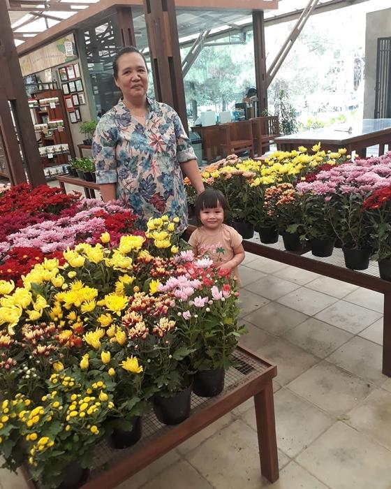 Kuntum Farm Flowers