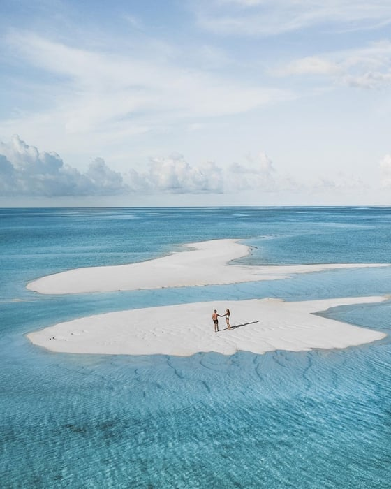 Pulau Derawan White Beach