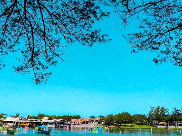 Pantai Glagak Laguna