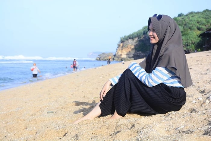 Pantai Sepanjang Santai di Pantai