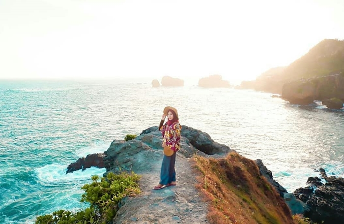 Pantai Siung Laut Luas