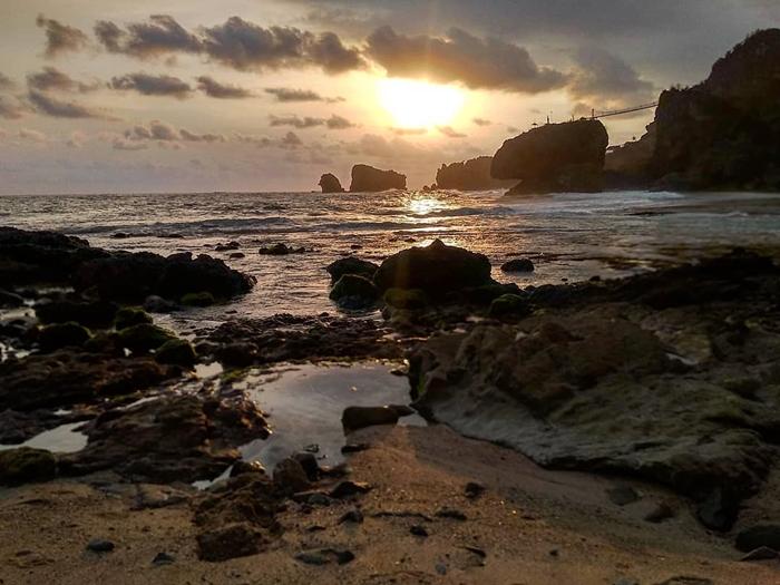 Pantai Siung Sunset