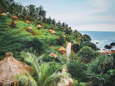 Pantai Menganti, Pantai Indah dengan Hamparan Pasir Putih di Kebumen