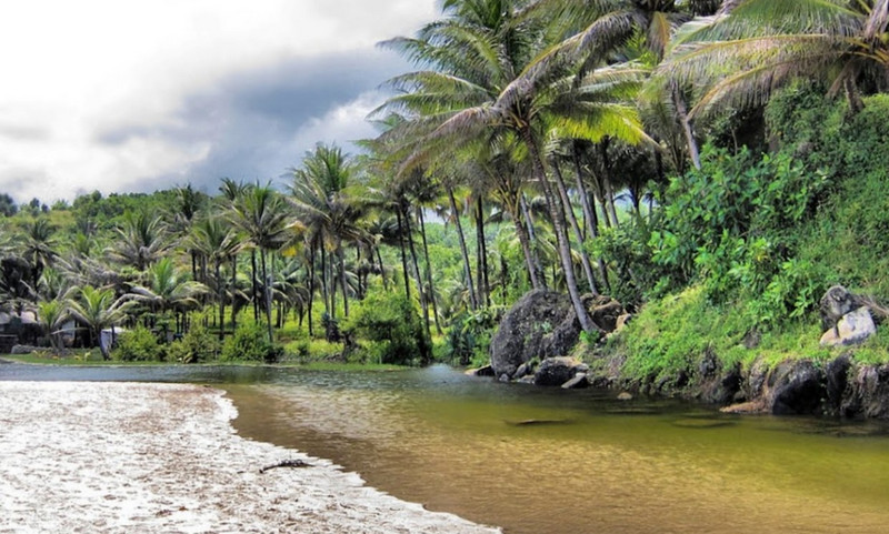 laguna di pantai klayar