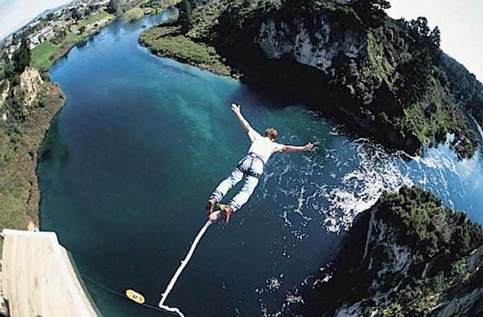 Bungee-Jumping-Balangsia