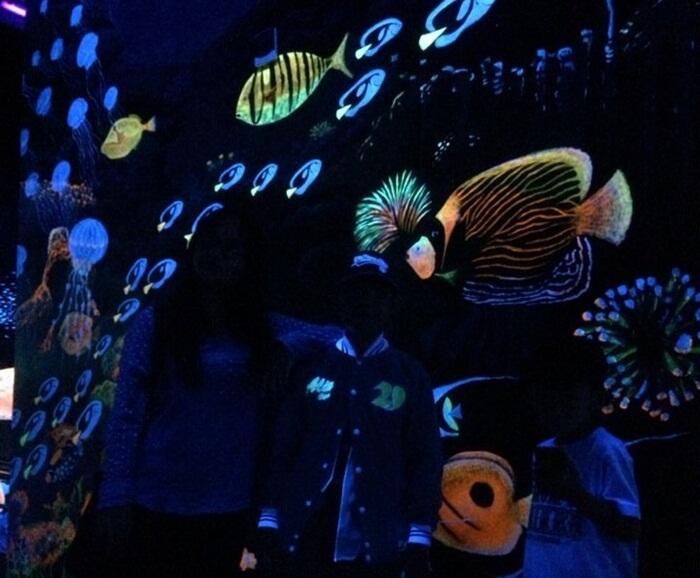 Glow Theater