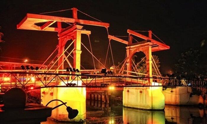 Jembatan-Intan