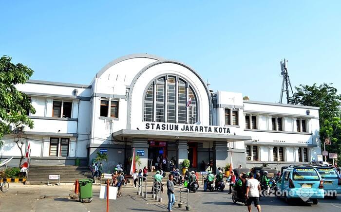 Stasiun Kota tua