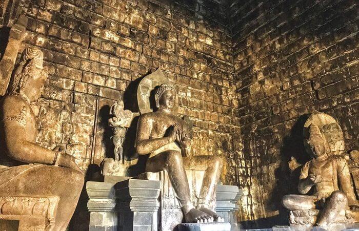Dhyani Buddha Vairocana.