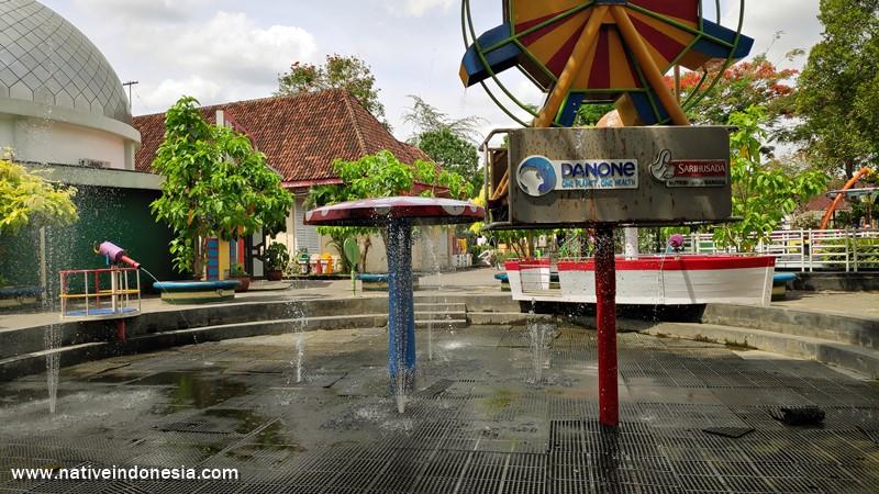 area taman air di Taman Pintar Jogja