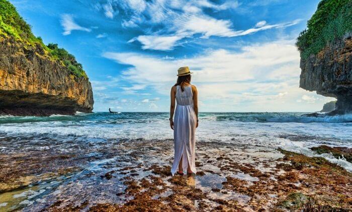 Pesona Pantai Greweng