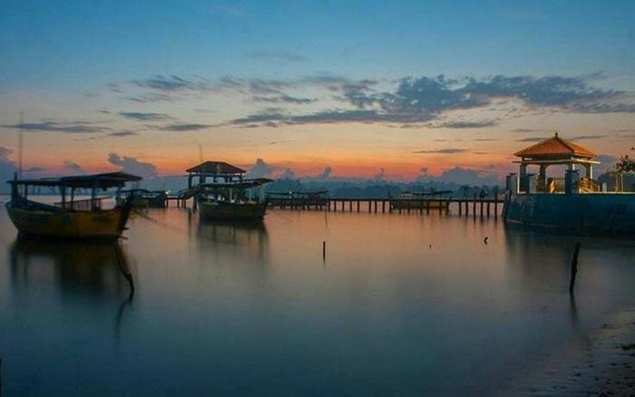 Senja di Pantai Bandengan