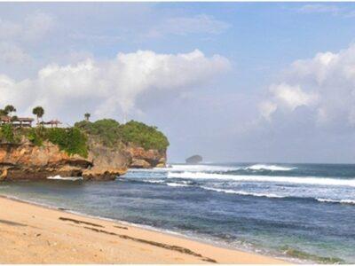 Pantai Watu Kodok, Lokasi Eksotis di Pantai Selatan Jogya