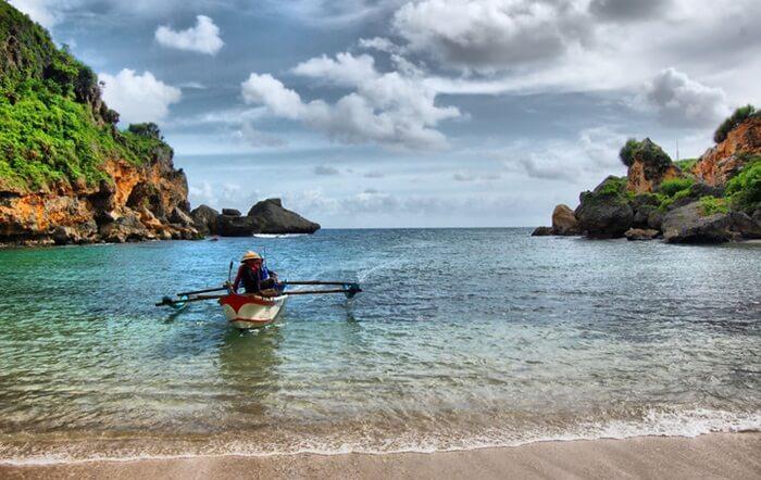 nelayan Pantai Ngrenehan
