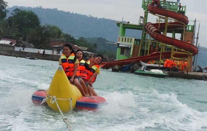 Seruya Banana Boat Pantai mutun