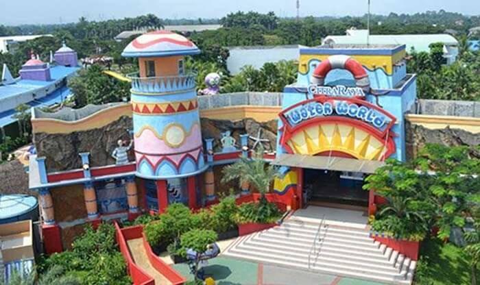 Citra Raya Water World, loaksi wisata keluarga yang kompetitif di dalam kota mandiri citraLand Tangerang