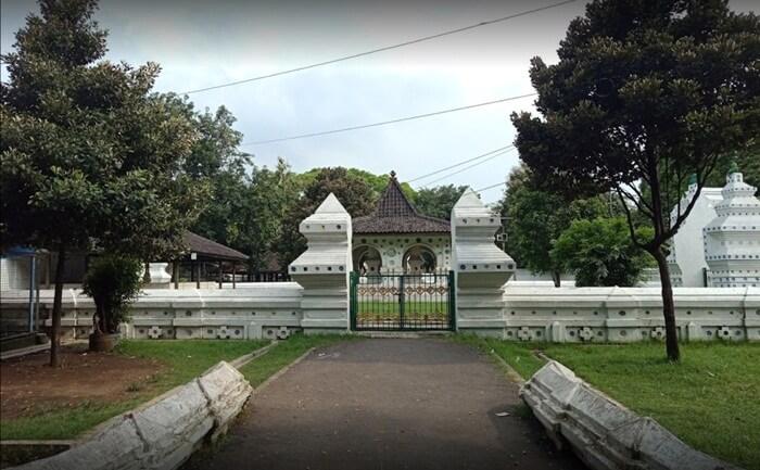 Keraton Kanoman Cirebon, keraton kedua di Cirebon penjaga warisan masa lampau