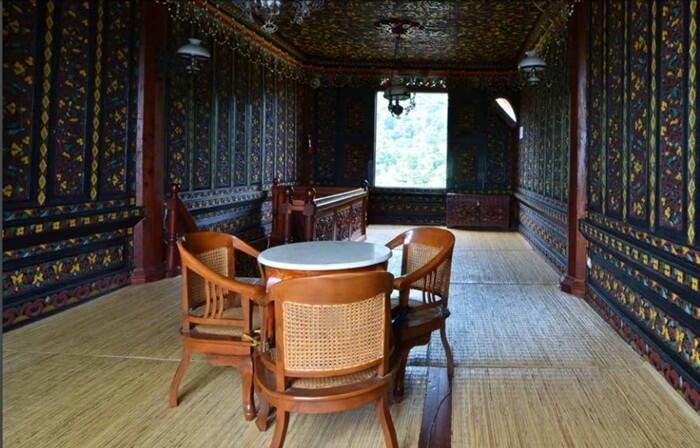 Mahligai Istana Pagaruyung di lantai III istana