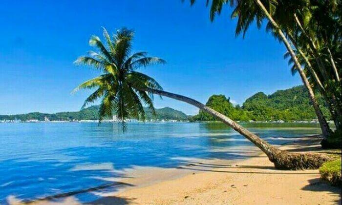 Pantai Nirwana Padang, pnatai indah nan rindang di dekat pusat keramaian kota